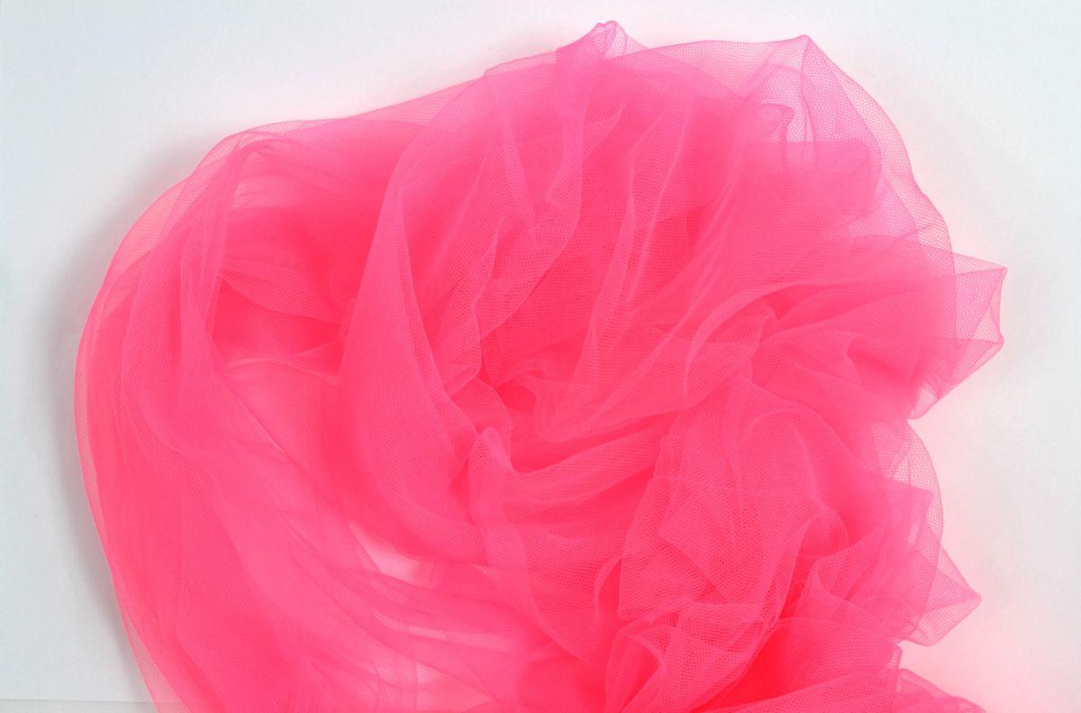 Tyl svítivě růžový - úplet tyl, krajka metráž polyester vyrobeno v EU