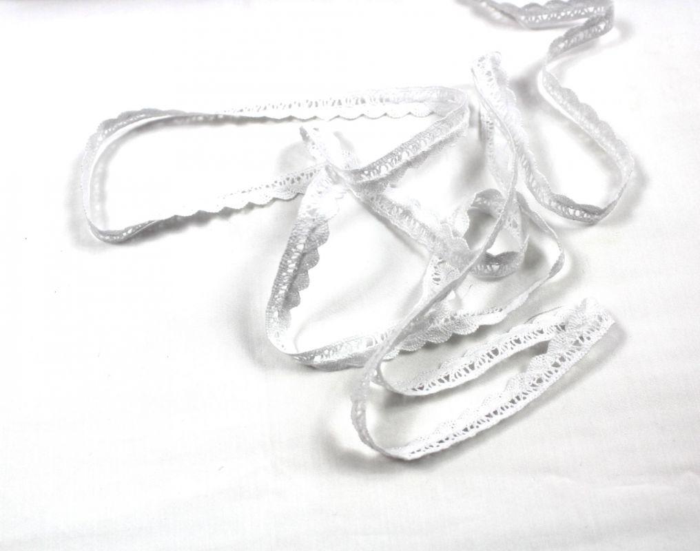 Bavlněná krajka šíře 1,2 cm – bílá vyrobeno v EU