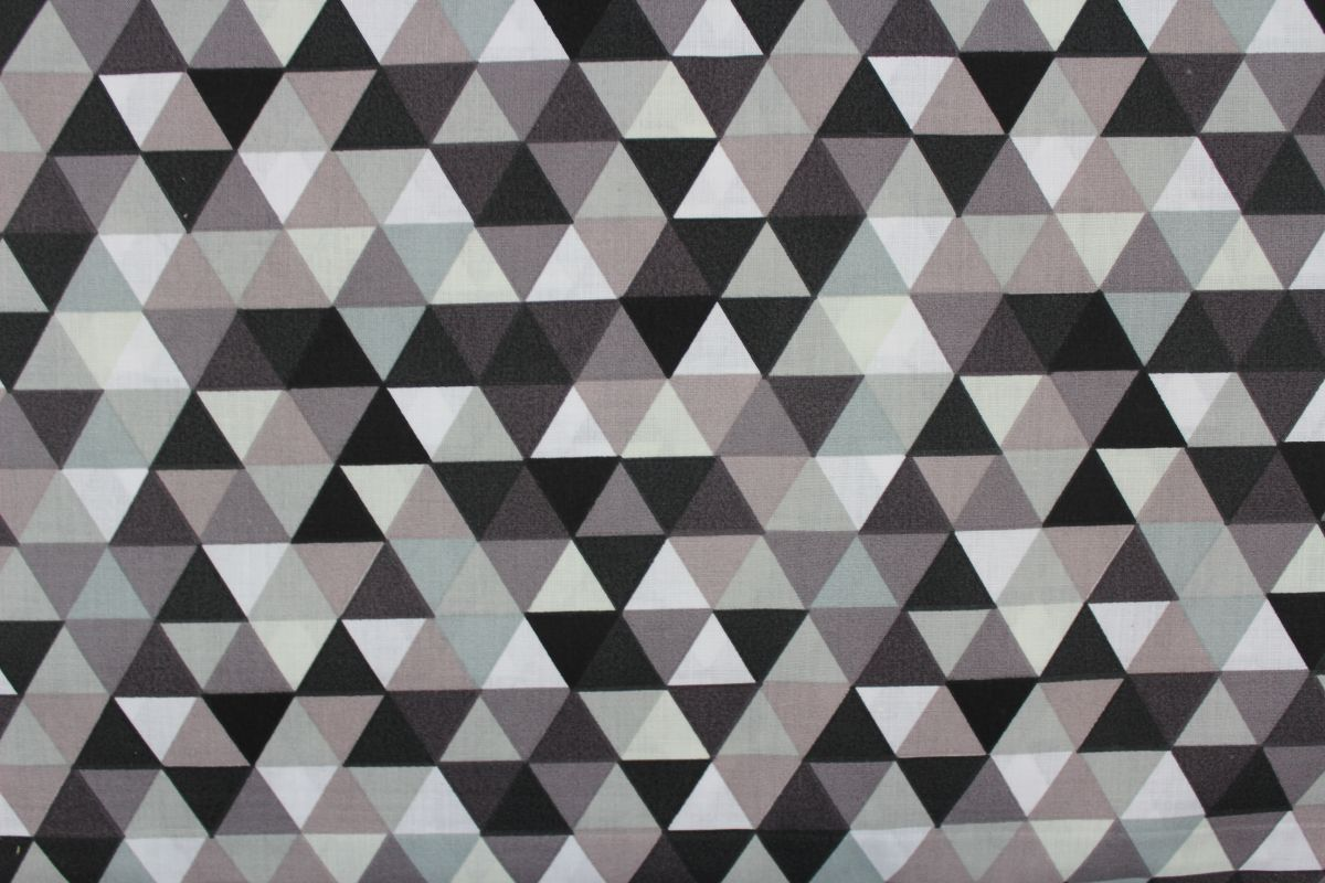 Šedo-černé trojúhelníky - MALÉ vyrobeno v EU- atest pro děti bavlna