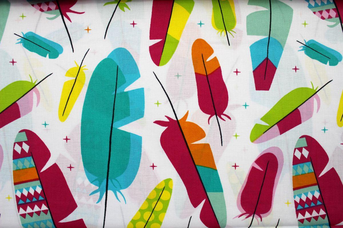 Bílá bavlna s barevnými peříčky vyrobeno v EU- atest pro děti bavlna