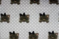 Šedá bavlna s puntíky a kočičkami