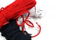 Oděvní tkanice červená- kulatá bavlněná vyrobeno v EU