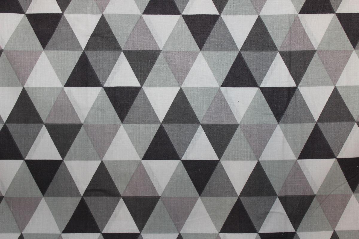 Šedo-černé trojúhelníky - VELKÉ vyrobeno v EU- atest pro děti bavlna