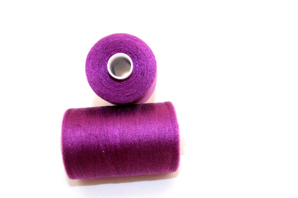 Nit fialová střední 40/2 -1000 m - barva 175 vyrobeno v EU