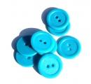 Knoflík plastový 2 cm světlě modrý