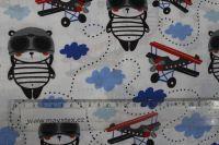 Bílá bavlna medvídek a letadla vyrobeno v EU- atest pro děti bavlna