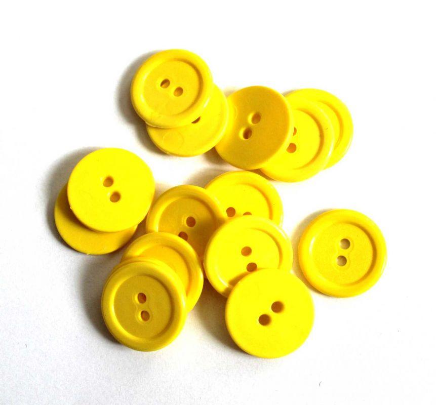 Knoflík plastový 2 cm žlutý Vyrobeno mimo EU