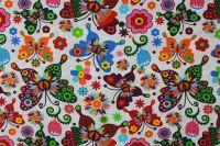 Bílá bavlna s barevnými motýlky