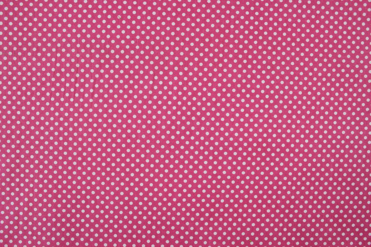 Růžová bavlna smalými bílými puntíky -1,1 cm vyrobeno v EU- atest pro děti bavlna