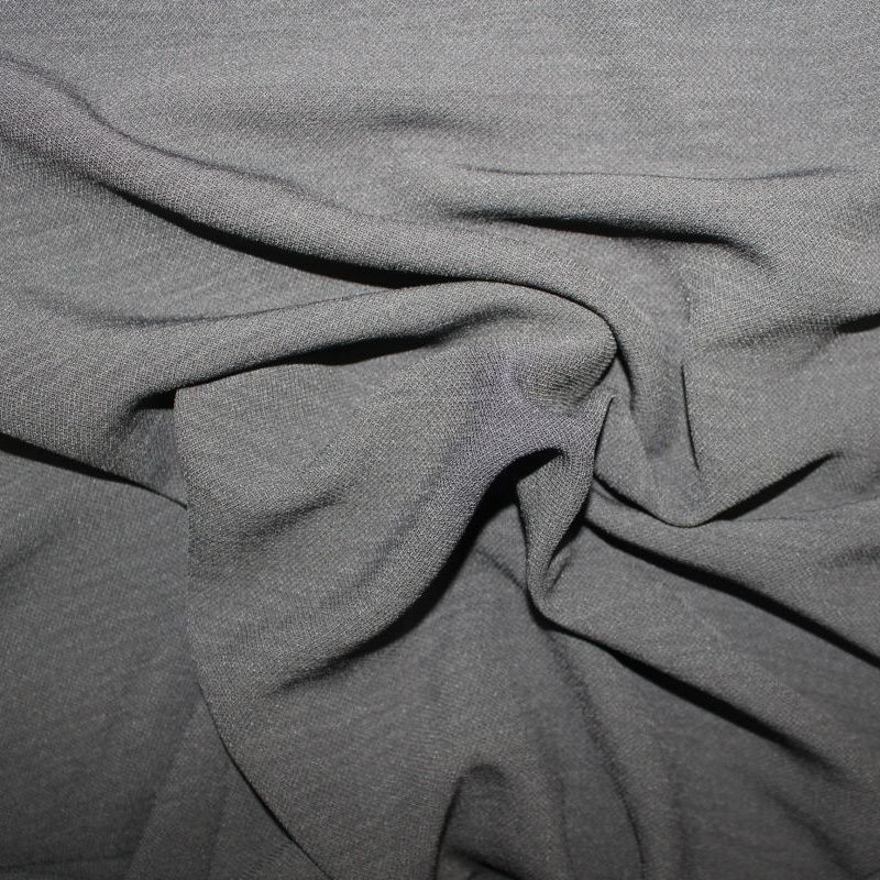 Černá šatovka hedvábí vyrobeno v EU