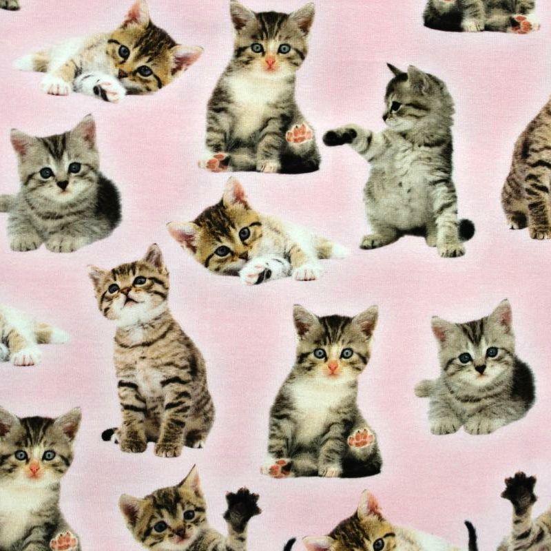 Jednolícní úplet hnědá koťátka na růžové-digitální tisk EU-úplety atest pro děti