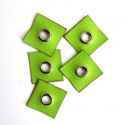 Koženkový čtvereček s průchodkou -jasně zelená