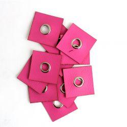 Koženkový čtvereček s průchodkou -růžová