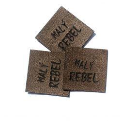 """Koženkový štítek gravír - """" malý rebel hnědy """""""