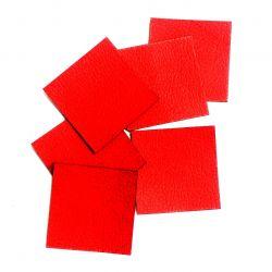 Koženkový čtvereček -jasně červená 70