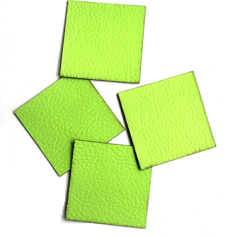 Koženkový čtvereček - jasně zelená 76 vyrobeno v EU