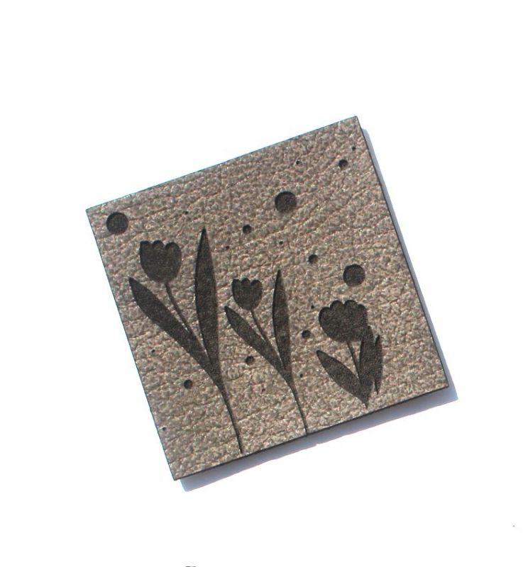 """Koženkový štítek gravír - """"KYTKY """" vyrobeno v EU"""