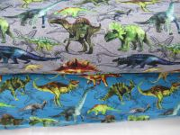 Teplákovina malovaní dinosaurové na šedé – 270 gsm EU-úplety atest pro děti